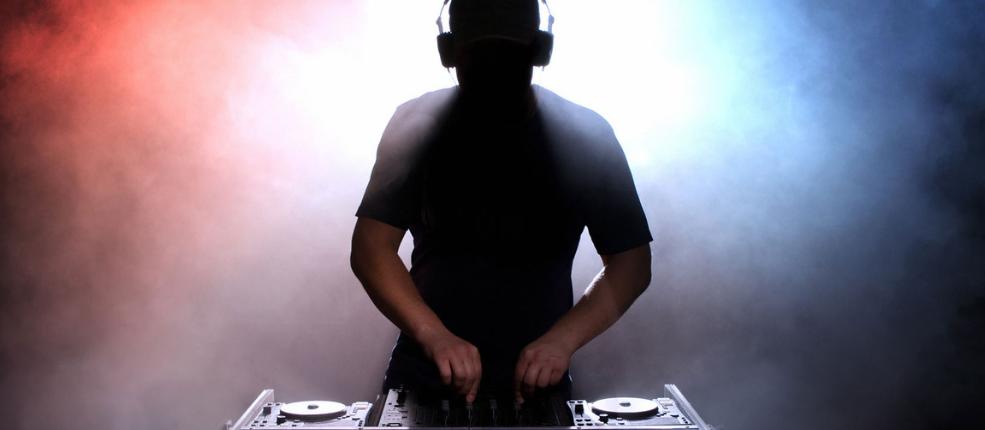 DJ FOLU